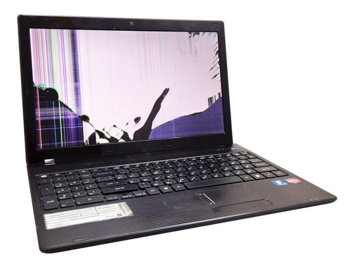 Замена матрицы на ноутбуке Toshiba в СПб